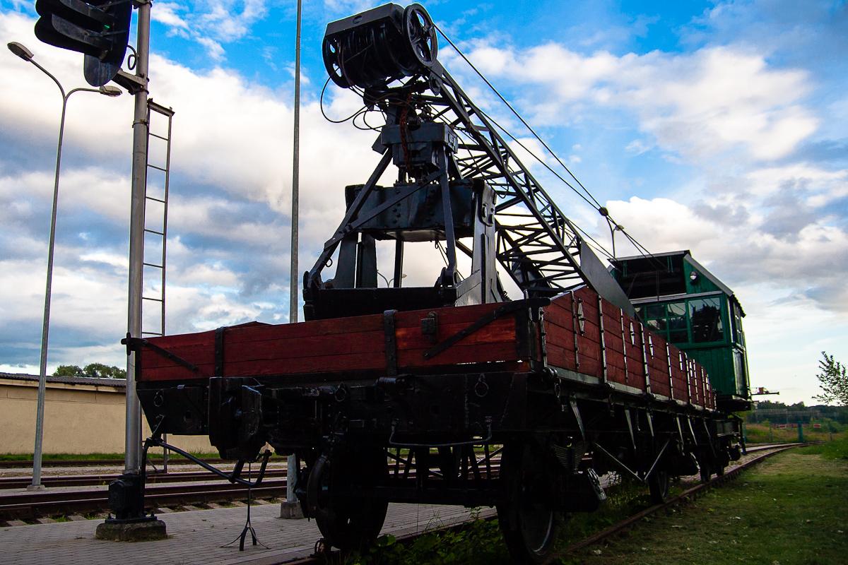 Crane Train Via @Atisgailis