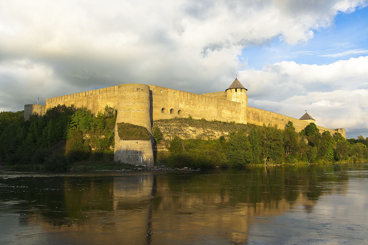 Fortress Of Ivangorod Via @Atisgailis