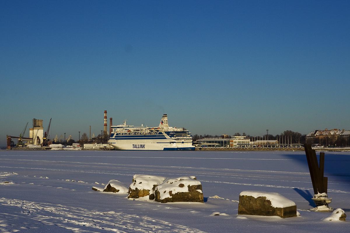 Frozen Port Via @Atisgailis