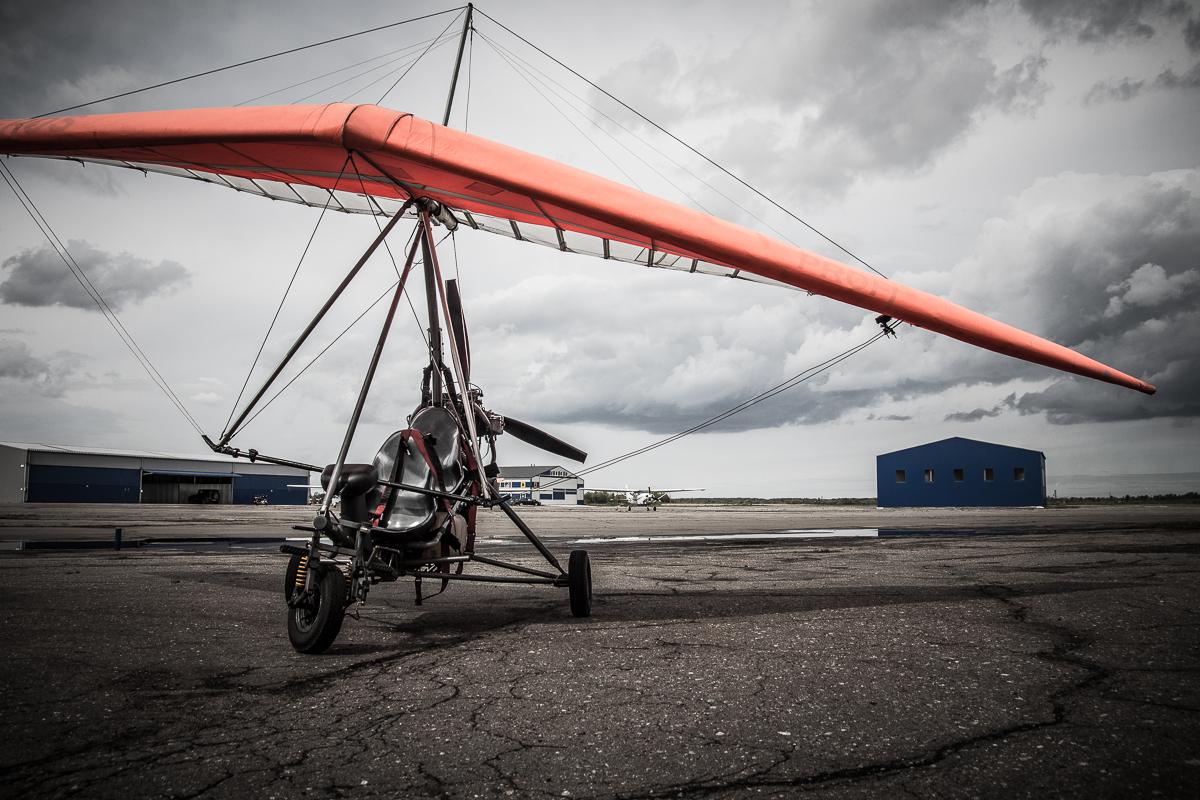Hang Glider Via @Atisgailis