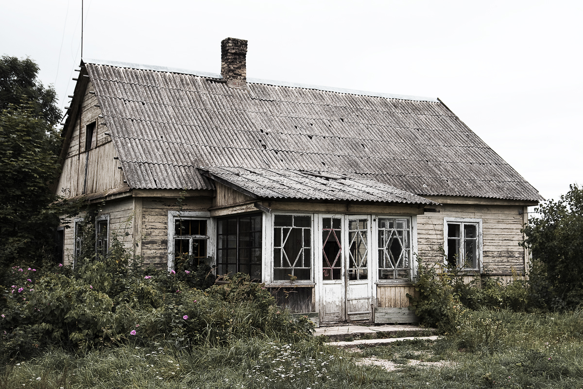 House At Countryside Via @Atisgailis