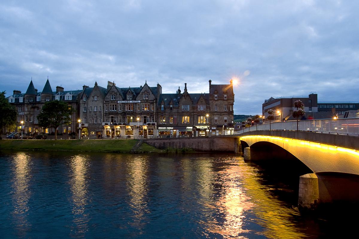 Inverness At Night Via @Atisgailis