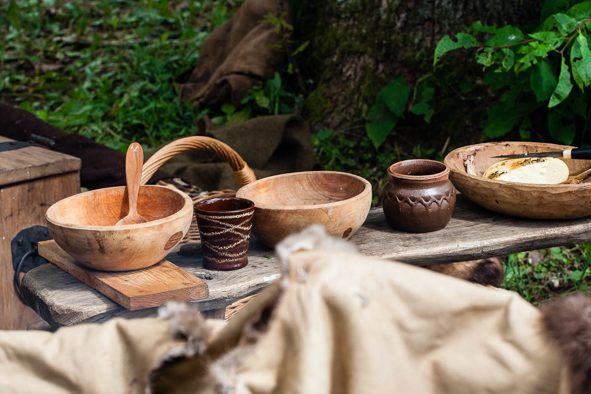 Medieval Tableware Via @Atisgailis