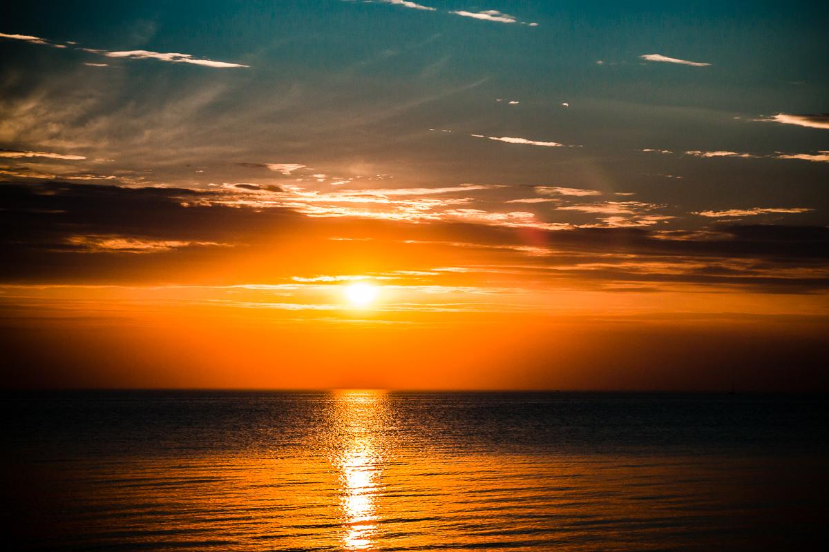 Sea At Sunset Via @Atisgailis