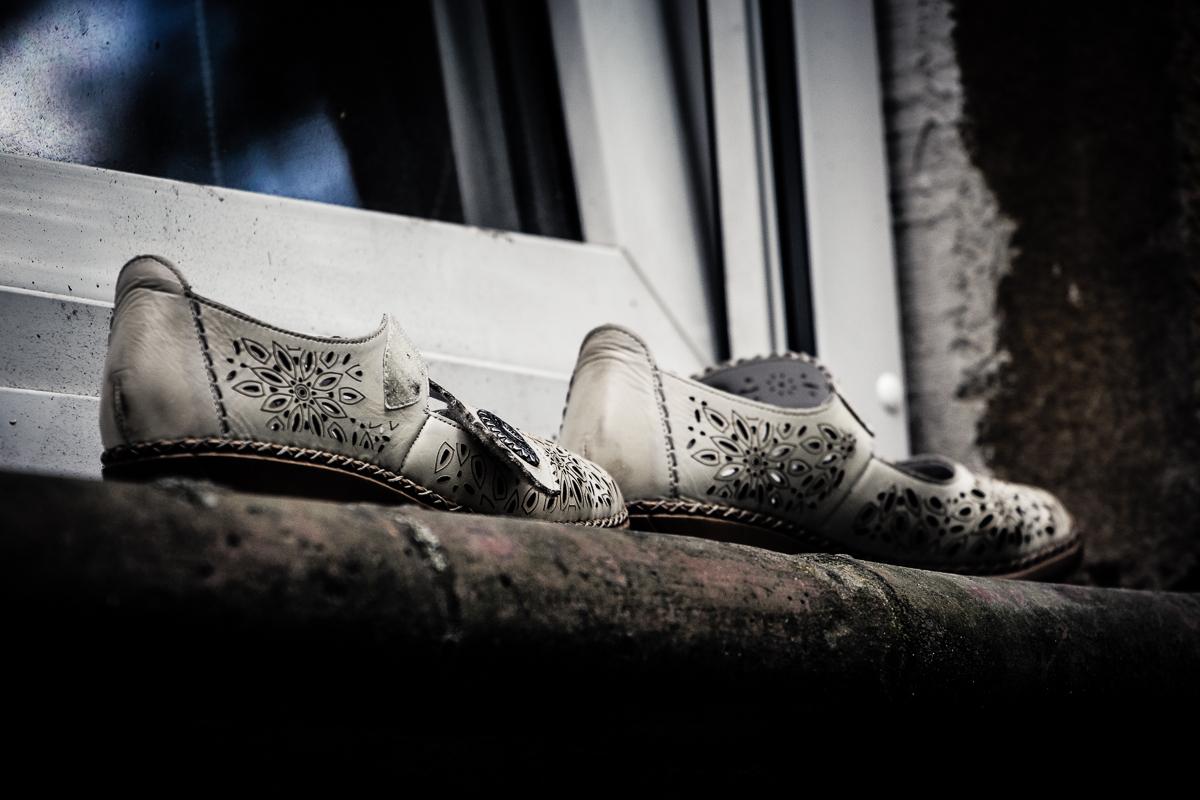 Shoes On Sill Via @Atisgailis