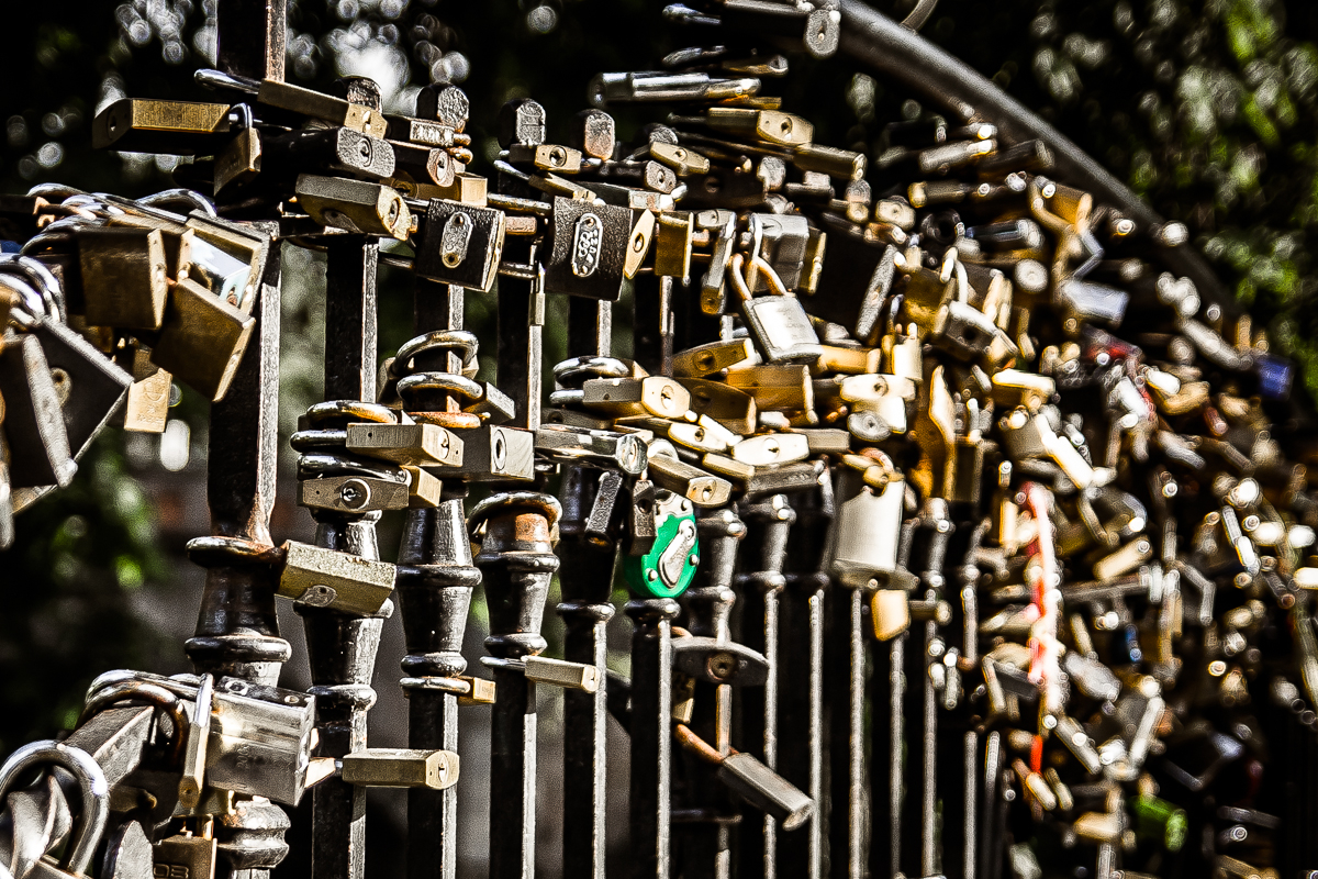 Thousand Locks Via @Atisgailis