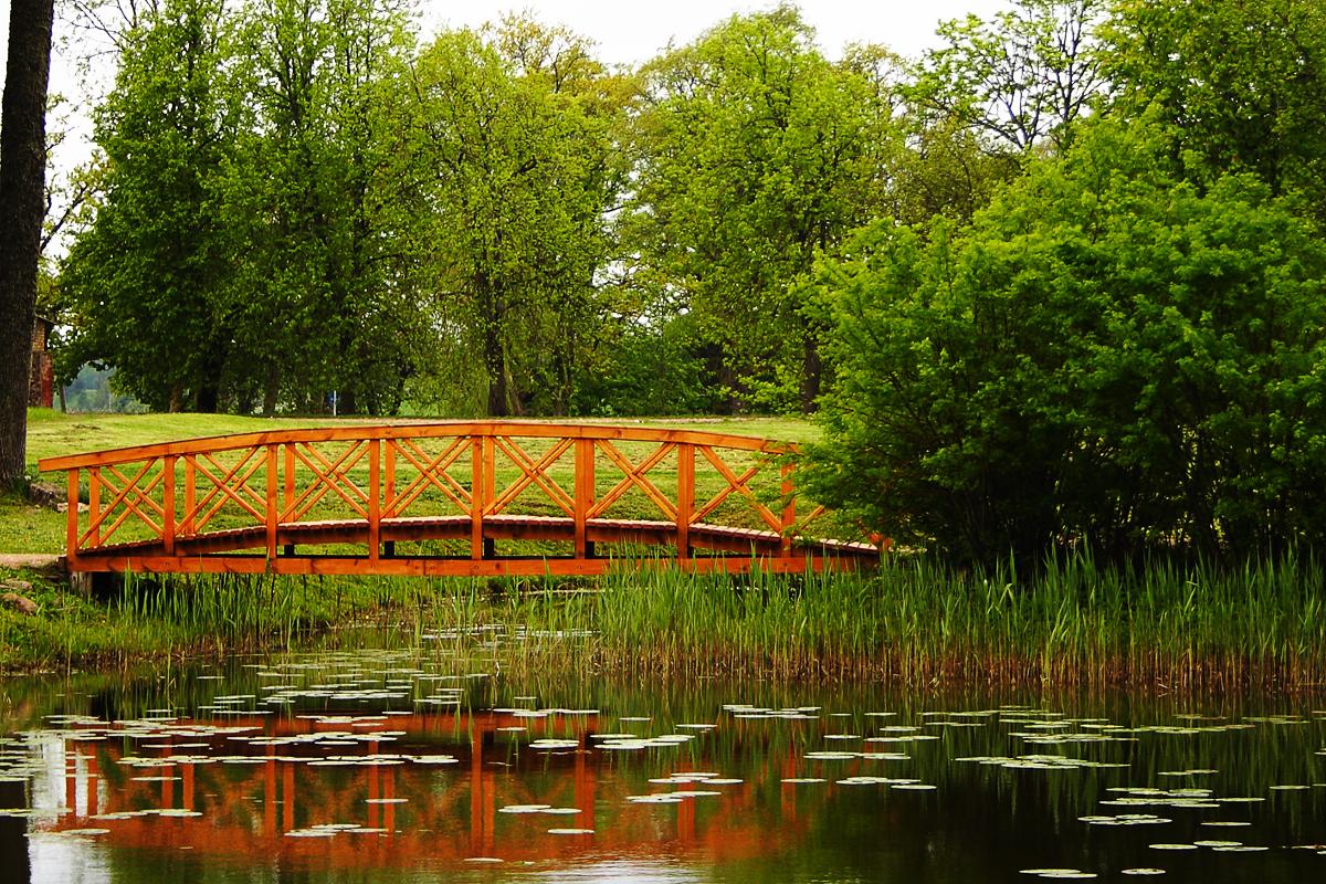 Wooden Bridge Via @Atisgailis