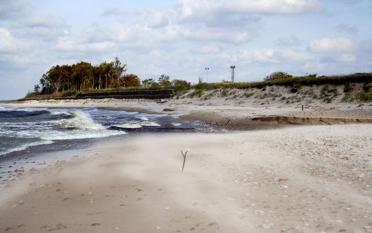 Windy Seaside Via @Atisgailis