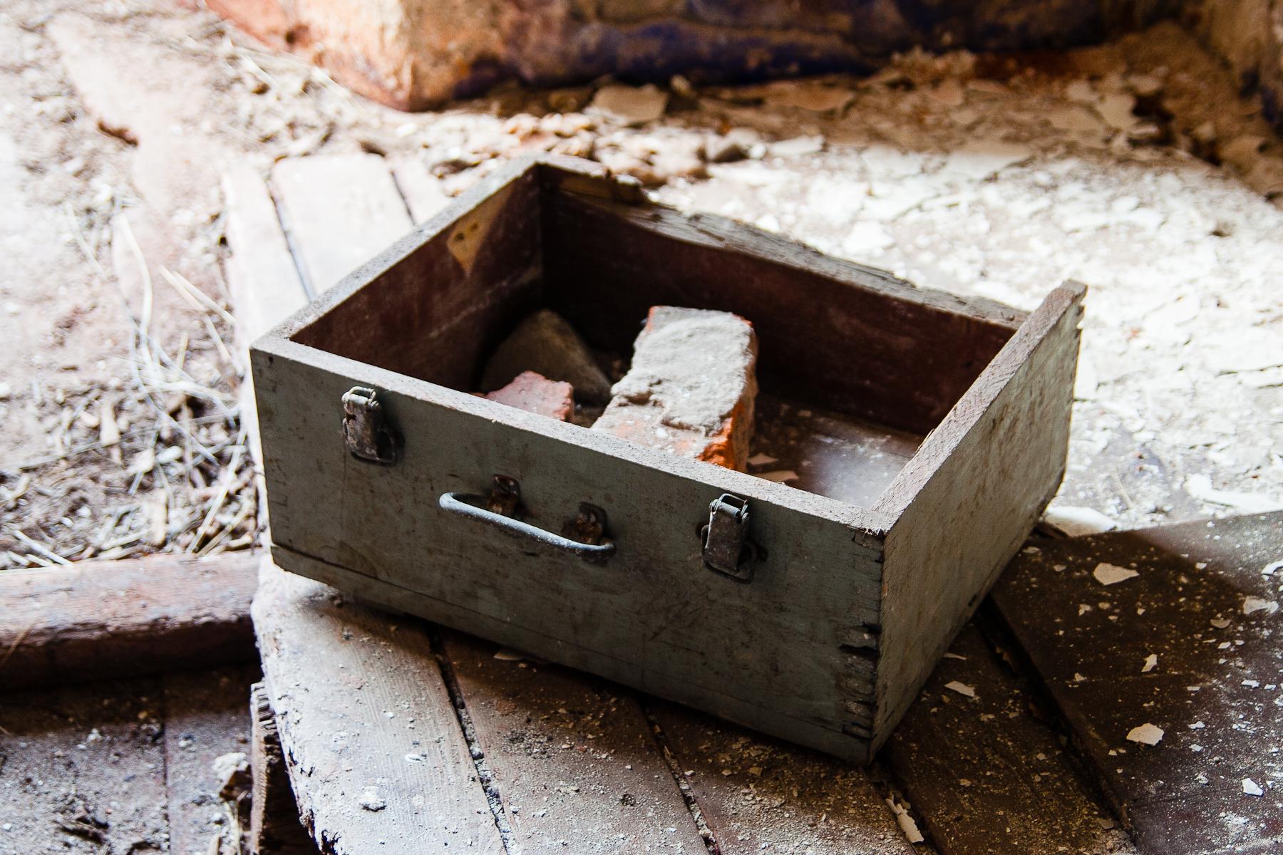Suitcase With Brick Via @Atisgailis