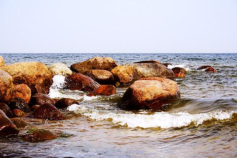 Rocks In Sea Via @Atisgailis