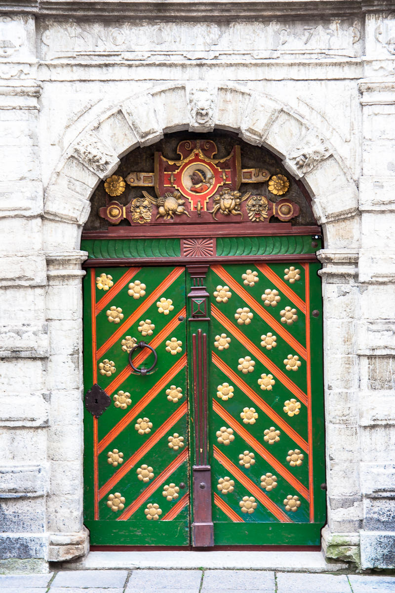 Green Doors Via @Atisgailis