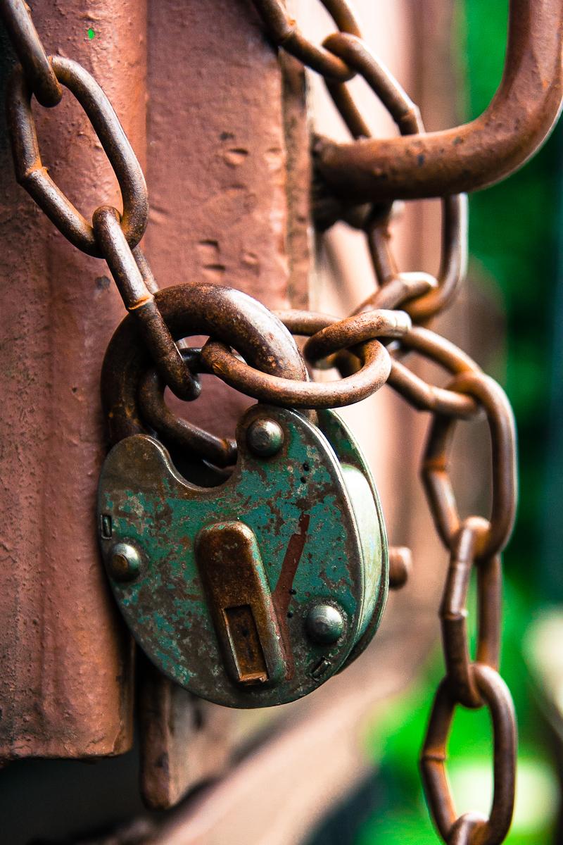 Lock And Chains Via @Atisgailis