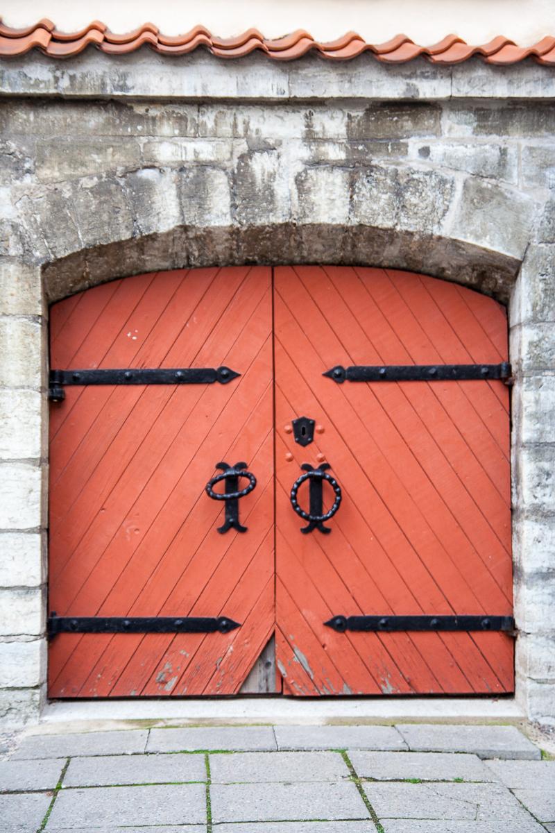 Red Door Via @Atisgailis