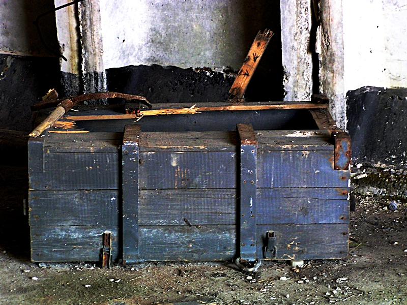 Old Wooden Military Box Via @Atisgailis