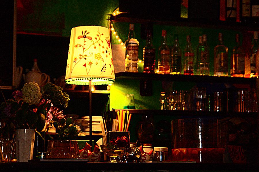 Bar With Yellow Lamp Via @Atisgailis